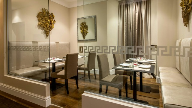 tridente-suites-rome-breakfast-room-13