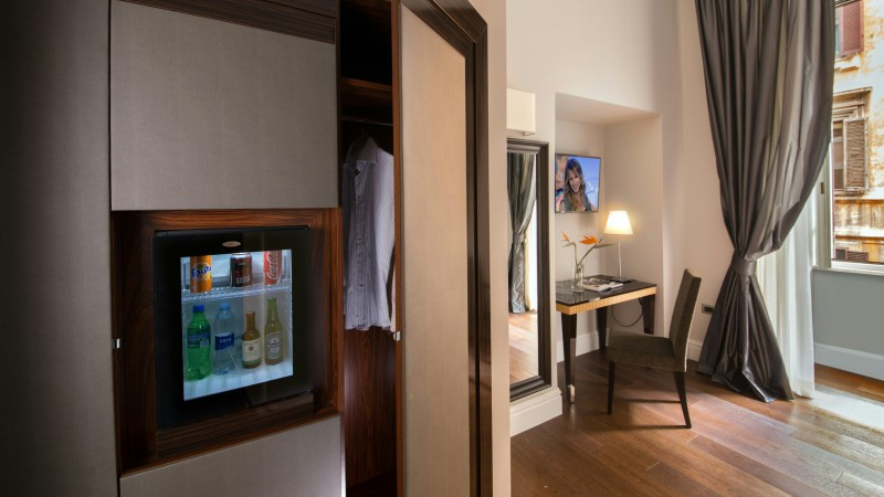 tridente-suites-rome-rooms-21